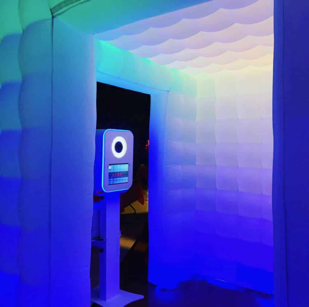 LED Enclosed Photo Booth Style